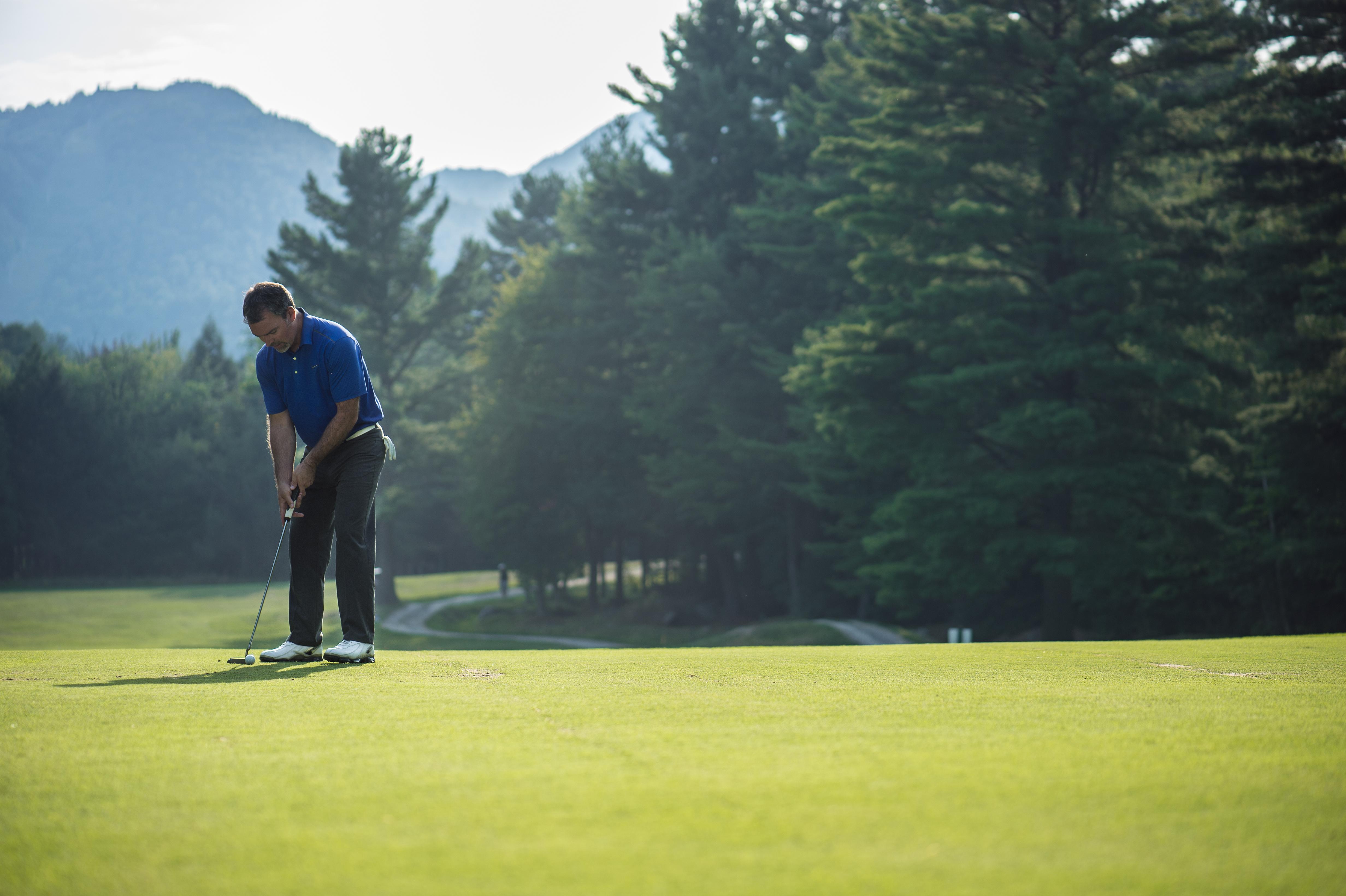 Golfeur en action
